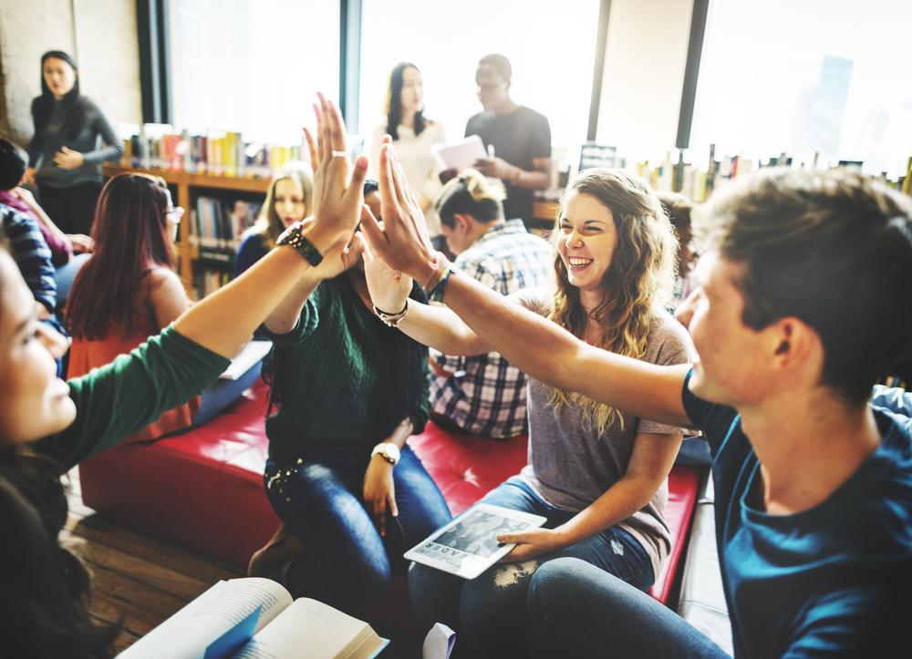 ネットビジネス情報提供コミュニティを新しく作りました!みんなで稼ぐスクール!